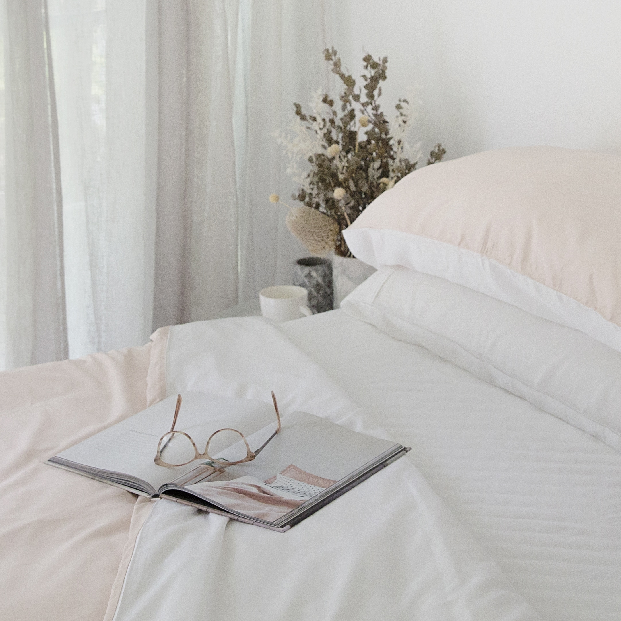 Queen Bamboo Quilt Cover Set Pink White