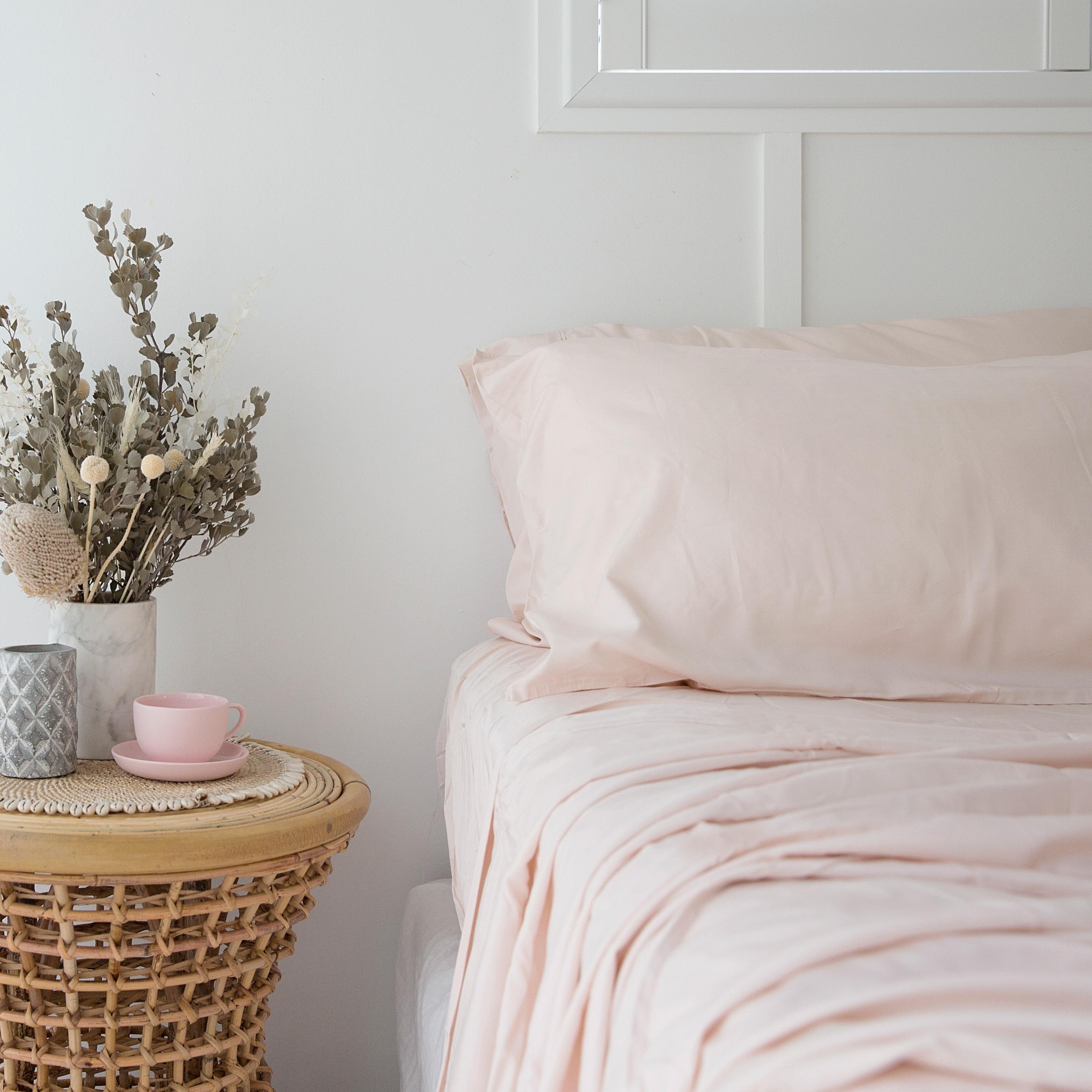 Queen Bamboo Sheet Set Pink