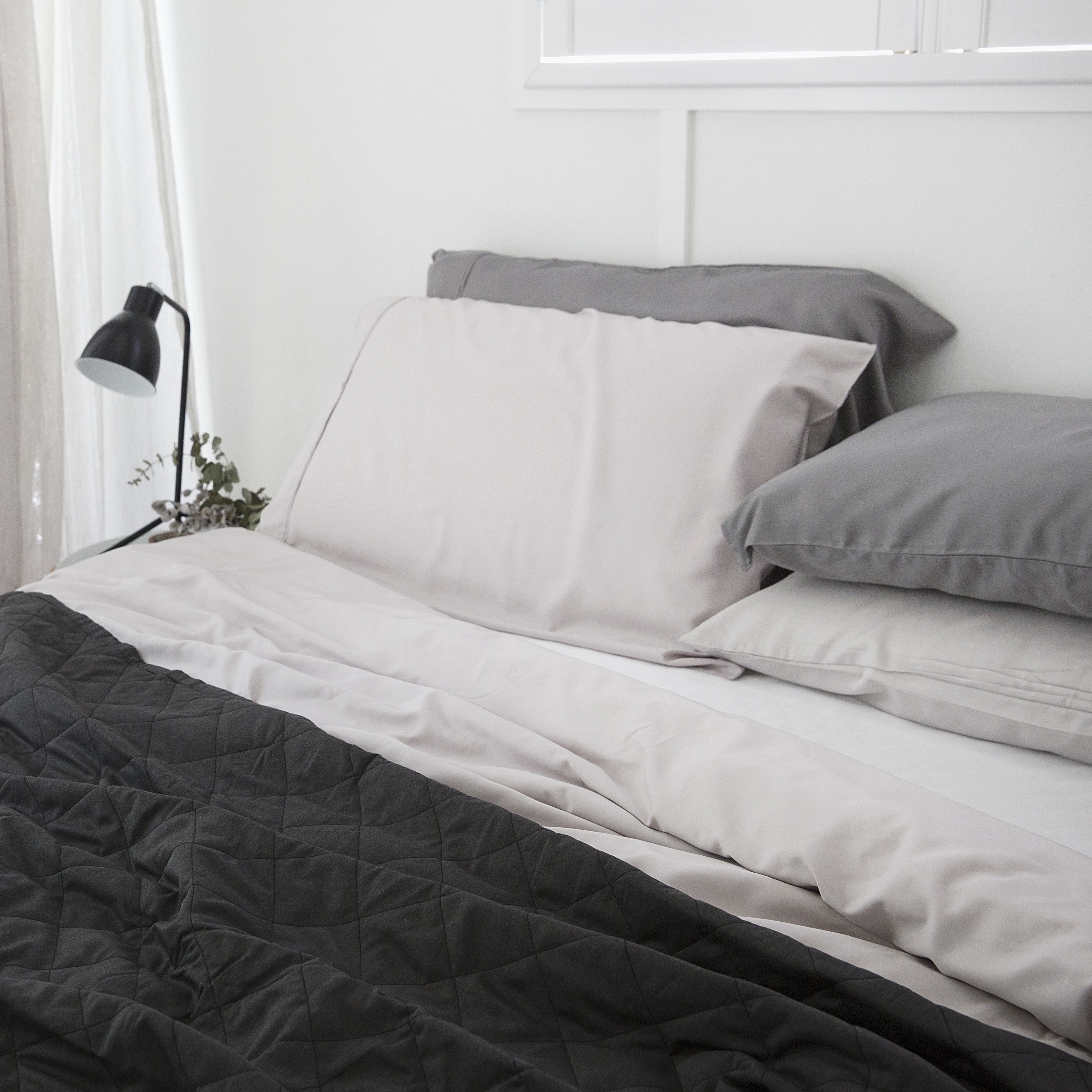 Classic Bamboo Quilted Quilt Charcoal